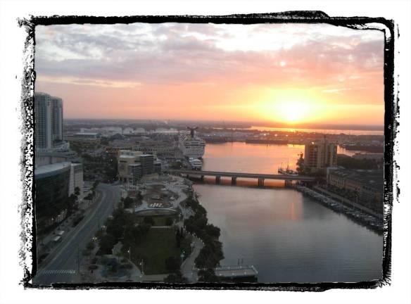 sunrise-over-tampa