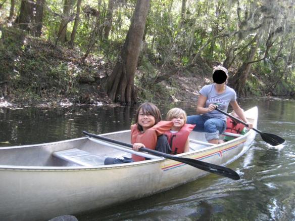 Julie_canoe
