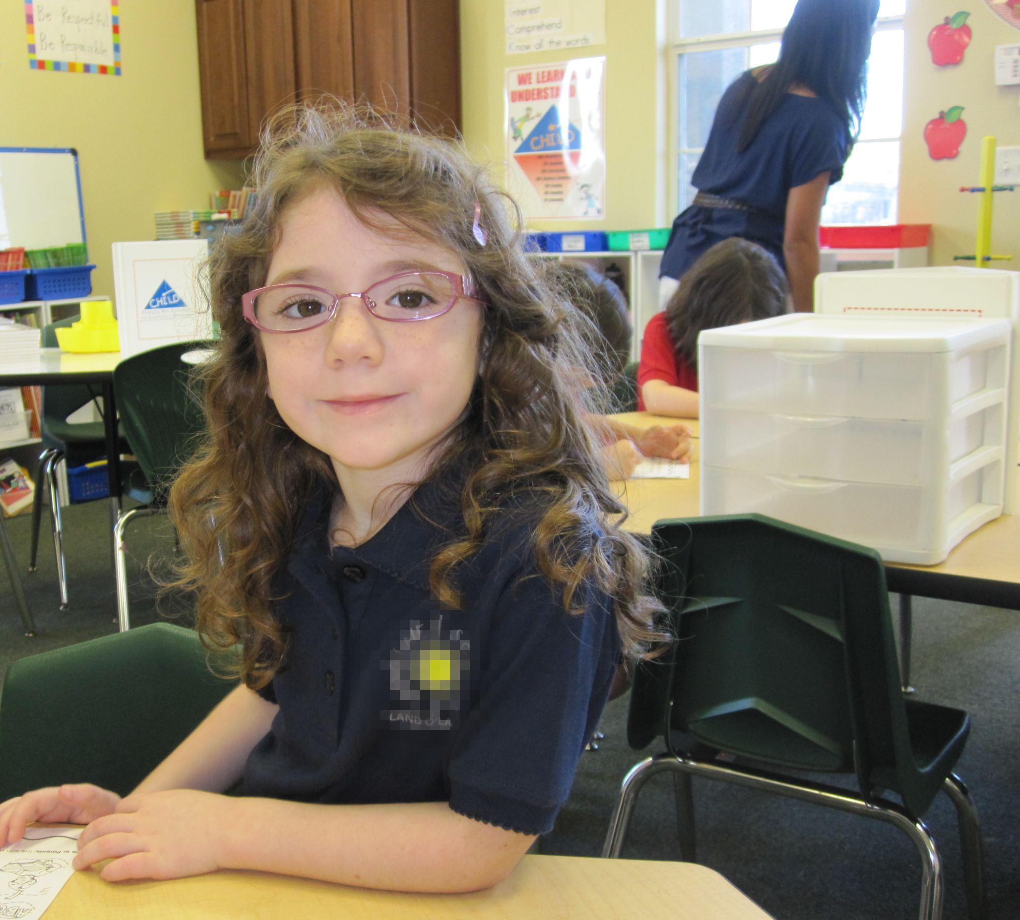 kindergarten girl pee School Daze