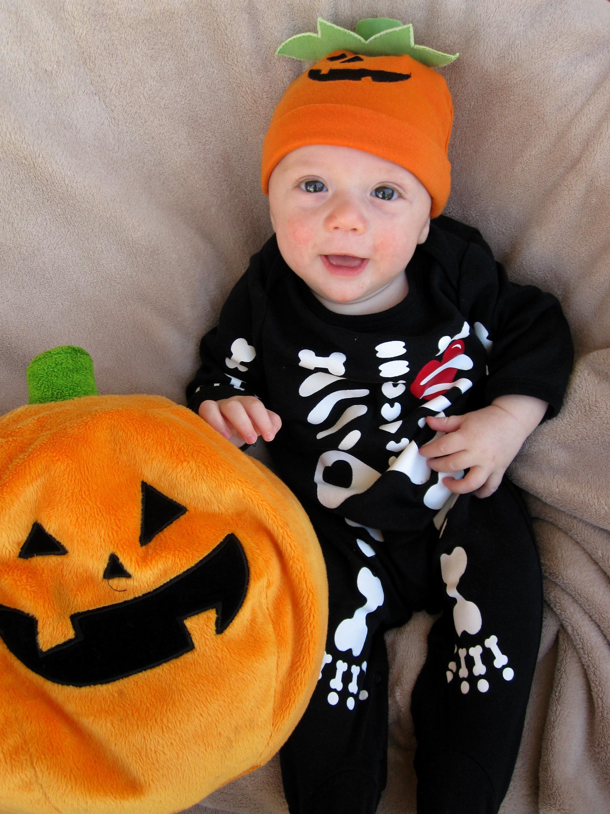 baby's first halloween | run dmt